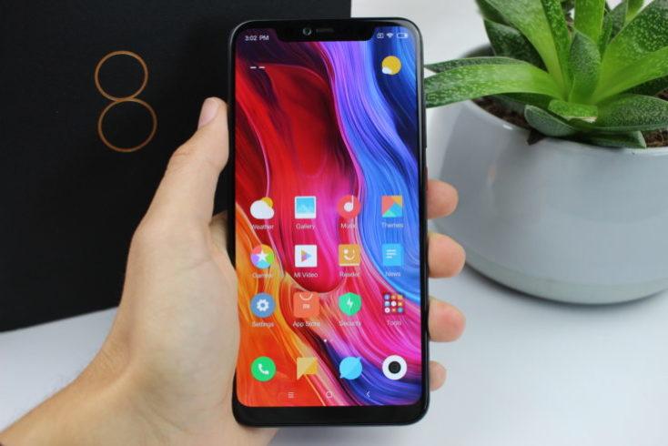 Xiaomi Mi 8 Explorer Edition Smartphone 734x490 1 - مقایسه و بررسی سه گوشی شیائومی میانرده ؛ ردمی 7، می 8 لایت و ردمی نوت ۸